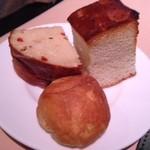 24241340 - ランチのパン