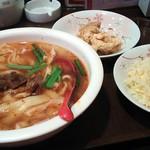 24242744 - 麻辣刀削麺セット650円