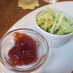 カフェむぎわらい - 苺のジャムとキャベツのサラダ