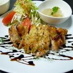 カフェディッシュらふ - 国産鶏モモ肉のハニーマスタード焼き