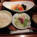 はんぞう - 海老と豆腐と彩り野菜の揚げ出し800円