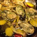 24247524 - 牡蠣のアヒージョ