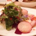 オステリア オージオ ソット - 三浦三崎の鮮魚と鎌倉野菜のカルパッチョ