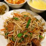 南国亭 - ニラレバ炒め定食