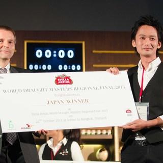 日本チャンピオンが注ぐ樽生クラフトビールは格別