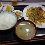 24263402 - 豚バラとキャベツの唐辛子味噌炒め定食