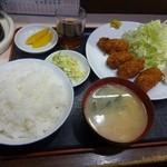 24263408 - カキフライ定食