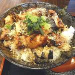 センバ鶏家 - やきとり丼 大盛り 600円