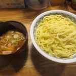 つけ麺屋 やすべえ 秋葉原店 - つけ麺(大)あつ盛720円