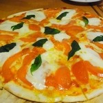 ピアンタ - 完熟トマトのマルゲリータピザ