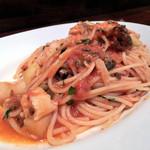 イタリア食堂 MARIA - スパゲティーニ、寒ブリと大根のトマトソース、オレガノ風味