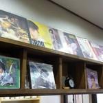 かふぇ だんだん - 懐かしいレコードが・・・