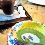 カフェ 閑居 -