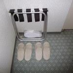 サウスブリーズホテル - 「使い捨てパイル地スリッパ」 此れは、嬉しい配慮 ( ^ω^) 2014年2月