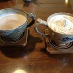 24282435 - ウインナーコーヒー(右)