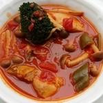 GEIJUカフェ - チキンのトマト煮込み