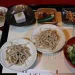 魚菜えぼし庵・隠座 - 十割・皿そば膳。追加1枚180円。一度食べたらやみつきになります。