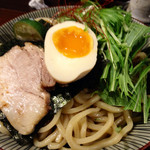 航 - 目黒ブラック肉汁つけ麺/麺部