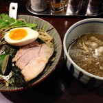 航 - 目黒ブラック肉汁つけ麺880円