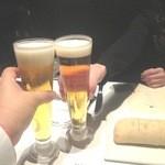 THE COSMOPOLITAN  - まずはBEERで乾杯!