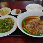 台湾料理  眞味 - チンジャオロース定食、980円