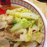 どうとんぼり神座 心斎橋店 - 基本でも白菜はかなり入っています。