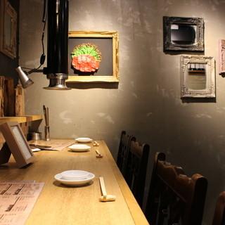 【お二階】雰囲気重視、キッチンの見える隠れ家的カウンター