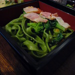 Paul - 菜の花とベーコン・野菜だしのタリアテッレ