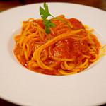 24297694 - ニンニクとトマトのスパゲティ