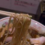 フスマにかけろ 中崎壱丁 中崎商店會1-6-18号ラーメン - 7-2)HW麺(ちゅるズズズ:平打ちウェイブ)