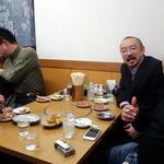 華隆餐館 - テーブル席