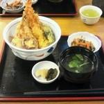 あび子 - 天丼(780円)