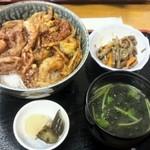 あび子 - かきあげ丼(600円)