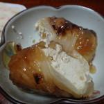 惣菜店のくりや - 豆腐と鶏挽肉のロール白菜150円