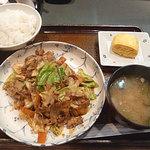 いちげん屋 - ホイコーロ定食 650円