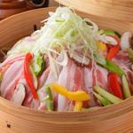 ニライカナイ - アグー豚とたっぷり彩野菜のせいろ蒸し