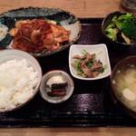 和食堂 穰(ゆたか) - 201310 日替わり定食700円(豚の生姜焼き)