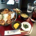 24313413 - セットの豚丼Mix ロース肉 980円