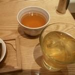 京都石塀小路 豆ちゃ - ドリンクはフリー