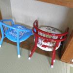 イタリアン食堂 良's - 個室には子供用チェアも。