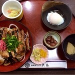 和食処 大藤 - がばい丼。