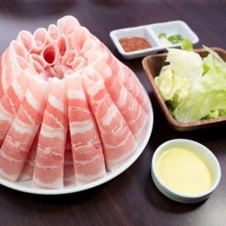 日曜日も元気に営業中♪VVV6東京Vシュランで第1位のお肉!