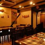 ベトナム料理専門店 サイゴン キムタン - 店内