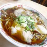 まるかいラーメン - 醤油ラーメン(中盛)550円