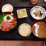 いちばん - 2013.11  鮭とろろ丼 ¥650