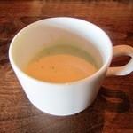エンガワ カフェ - 根菜のポタージュ(ある日の14年冬ver)