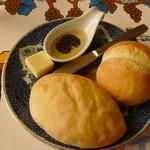 レストラン ボルドー - 【2014.2】 パン
