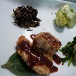ナチュラルレストラン&デリ みどりえ - 車麩の味噌カツ、ひじき