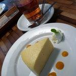 ナチュラルレストラン&デリ みどりえ - ベイクドチーズケーキ