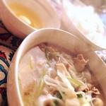 cafe&Live 8JO - ランチタイムの「肉すい」札幌ではここでしか食べられません!